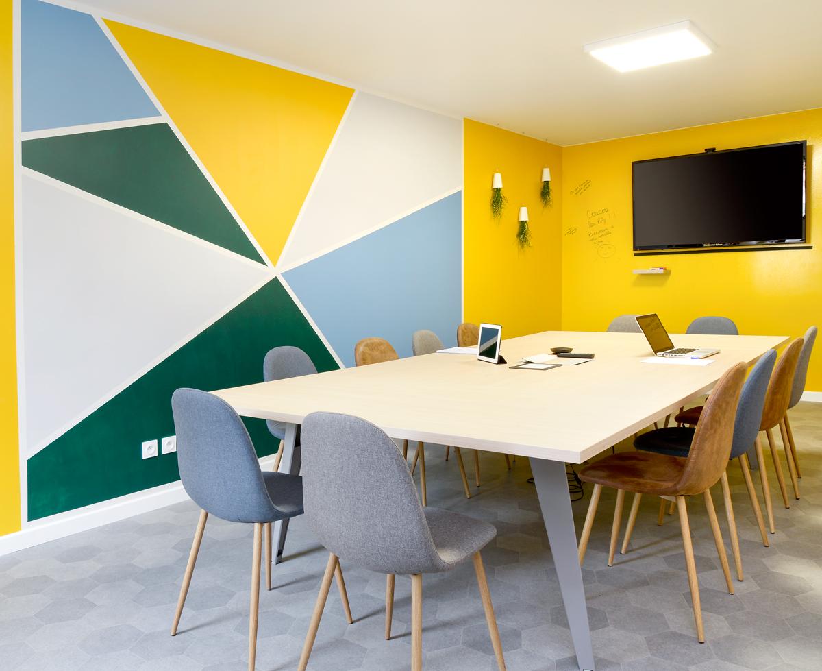 salle de reunion malo design. Black Bedroom Furniture Sets. Home Design Ideas